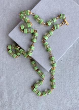 Ожерелье бусы подвеска япония маркировка винтаж ретро цвет золото зелёный пластик