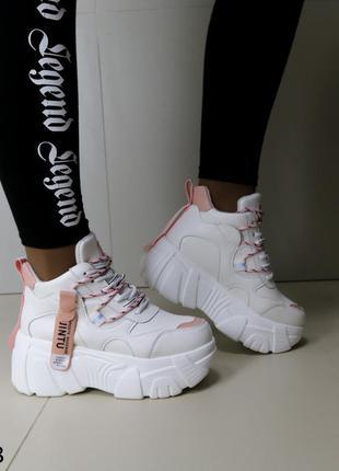 Демисезонные ботинки, кроссовки на платформе