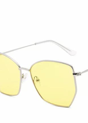 Розпродаж! жовті окуляри