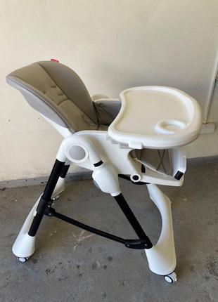 Годувальний столик, годувальне крісло carrello