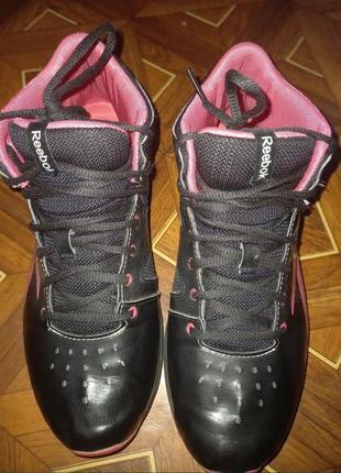 Фирменные женские кроссовки reebok