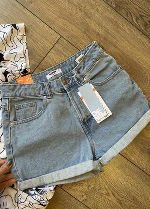 Новые джинсовые шорты mom
