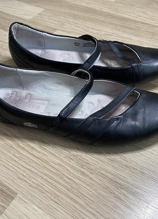 Балетки туфли кожаные lacoste 39,5размер