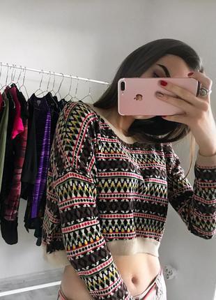 Стильний укорочений світерок свитер свитерок s