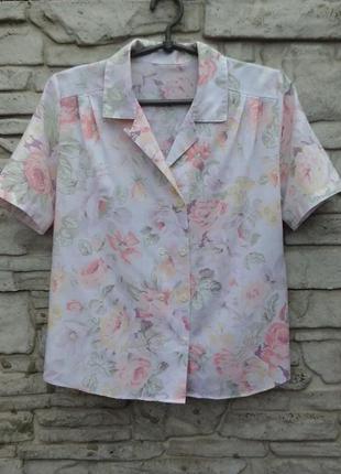 Красивая блуза в цветочный принт st. michael