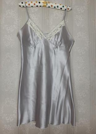 Идеальная шёлковая атласная кружевная фиолетовая лавандовая белая ночнушка сорочка на тонких бретелях большого размера