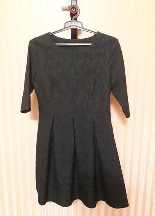 Женское платье 42 размер