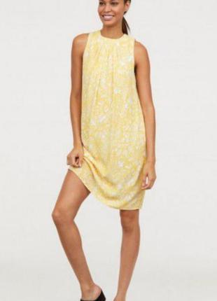 Летнее платье прямого кроя в принт сарафан летнее с открытой спиной
