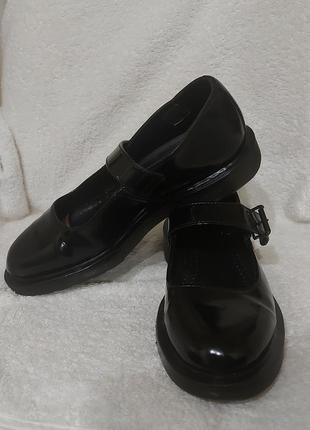 Туфли мокасины dr. martens mariel 38p черные лак