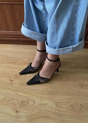 Туфлі вечірні шкіряні