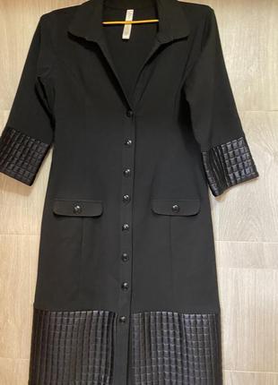 Чёрное оригинальное платье на кнопках бренда behcetti  ( италия 🇮🇹) xl