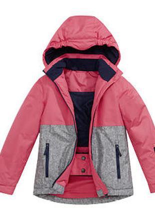 Куртка на невысокую девушку, непромокаемая, непродуваемая