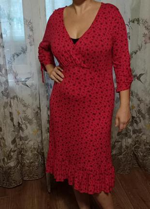 Платье красное в мелкий цветок /англия/