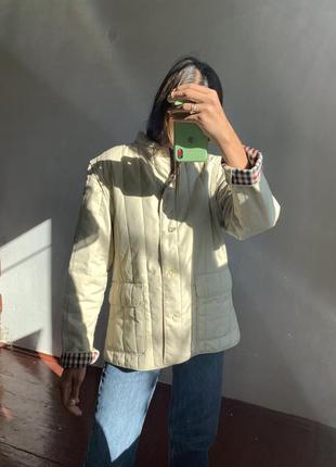 Стёганная бежевая куртка трансформер жилетка