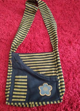 Стильная молодежная котоновая сумка.