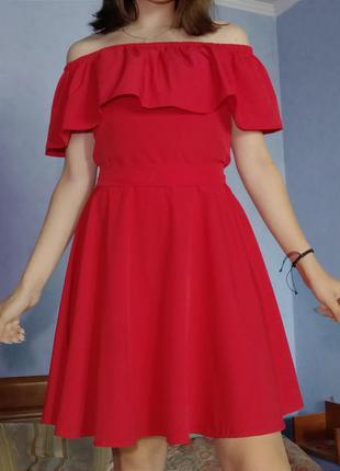 Красное платье (летнее)