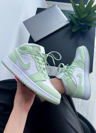 Nike air женские кроссовки найк в салатовом цвете