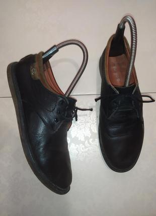 Натуральные кожаные туфли