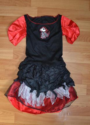 Карнавальный костюм пиратка примерно на 3-4, 4-5 лет, платье пиратка