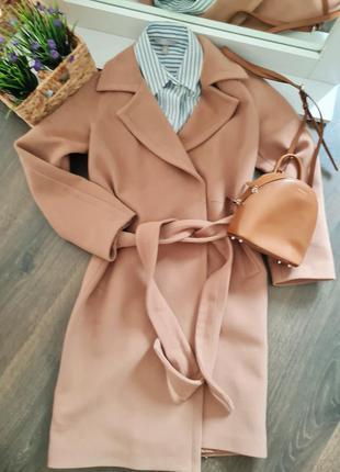 Идеальное шерстяное  пальто цвета кемел xs