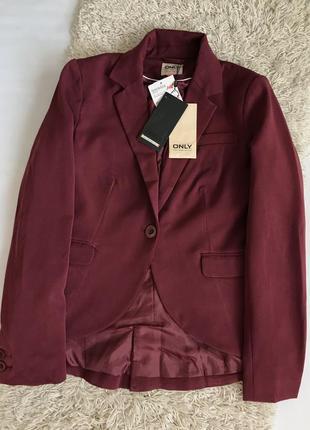 Бордовый пиджак only