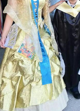 Платье бальное шикарное