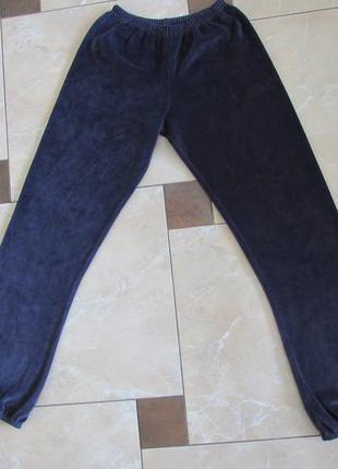 Спортивные велюровые штаны на подростка 16 лет