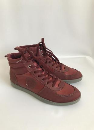 Фирменные кожаные ботинки, высокие кеды от ecco 39