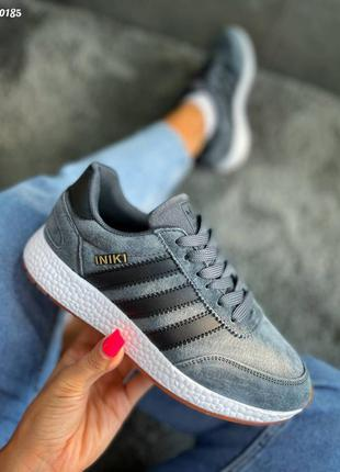 Замшевые кроссовки adidas iniki, женские серые кроссовки, жіночі зручні кросівки