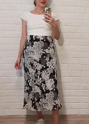 Красивая юбка миди
