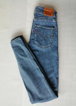 Levi's джинсы женские