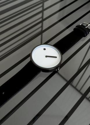 Черные кварцовые часы женские наручные часы