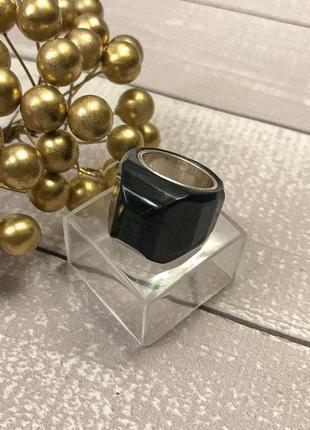 Перстень кольцо m&s