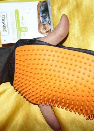 Новая фирменная силиконовая перчатка , щетка для вычесывания кошек собак .zoofari