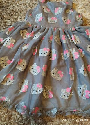 Нарядное пышное платье фатин hello kitty