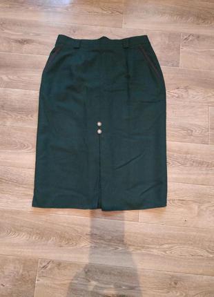 Стильная изумрудно-зеленая юбка ретро стиль