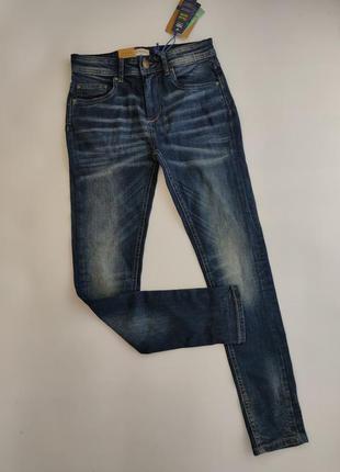 Темно-синие джинсы с потертостями ovs 152 / 158 см