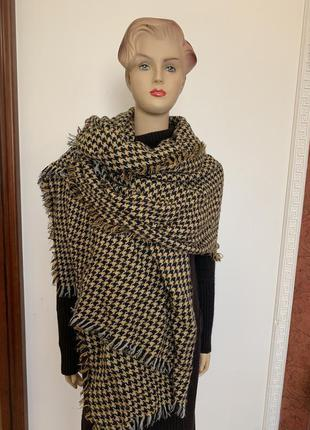 Тёплый платок палантин