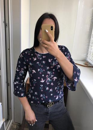 Легкая блузка блуза