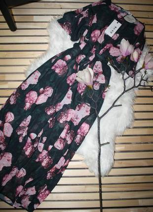 Актуальное полупрозрачное платье, парео, накидка