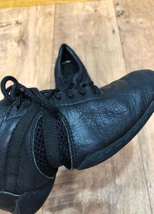 Танцевальные туфли/джазовки (кожаные)