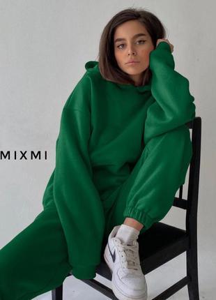 Яркий спортивный костюм, худи и джоггеры, красный, пудра, зеленый, беж, малина
