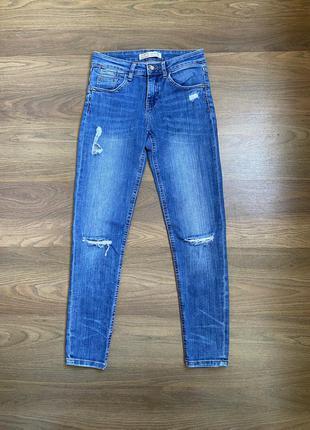 Стрейчевые джинсы zara, 24