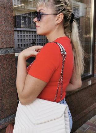 Белая женская сумка кожзам кросс боди стёганая