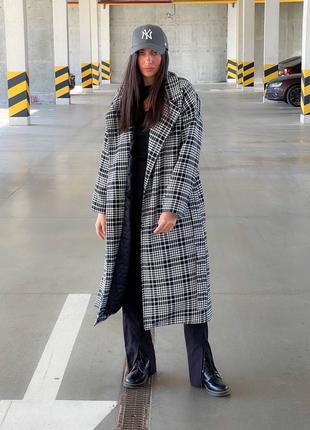 Женское шерстяное пальто в клетку