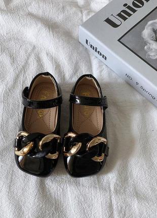 Милые туфельки для девочек (в описании две цены )