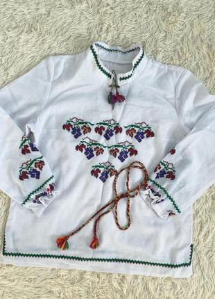 Сорочка вишиванка. ручна вишивка