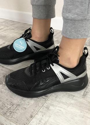 Оригінальні жіночи кросовки puma