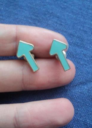 Серьги-стрелочки, гвоздики, пуссеты, миниатюрные серьги, фигурные серьги, милые сережки