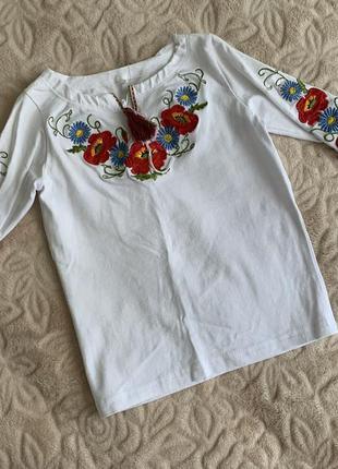 Вышитая кофта, вышиванка, вышитая рубашка для девочки 92-98 см